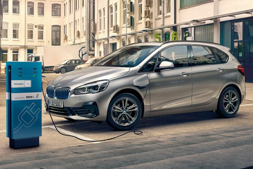 BMW до станция за електромобили