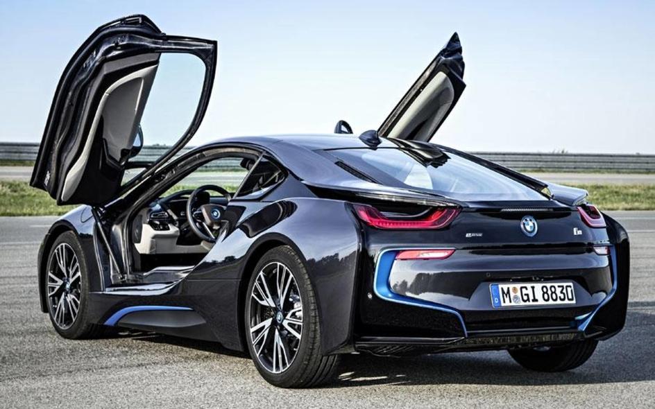 BMW електромобили i8 plug-in hybrid